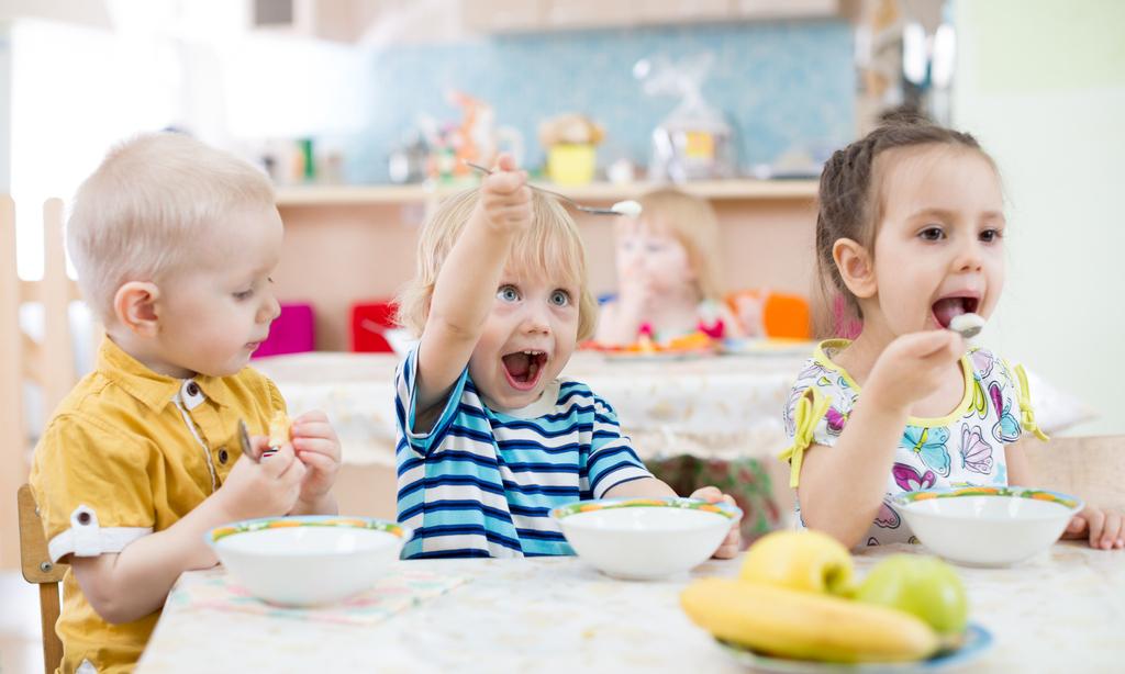 Завтрак для детей: 7 вариантов полезного завтрака для дошкольника