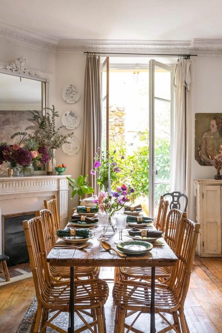 Фото №5 - Маленькая квартира с цветочными мотивами в Париже