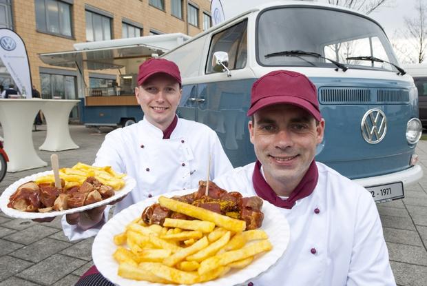 Фото №2 - Оказывается, «Фольксваген» выпускает больше сосисок, чем автомобилей