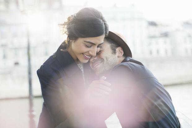 Фото №2 - Это химия: как наше сердце решает, кого любить