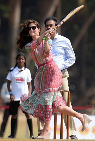 Фото №40 - Это надо видеть: 14 случаев, когда Кейт Миддлтон забыла, что она— герцогиня