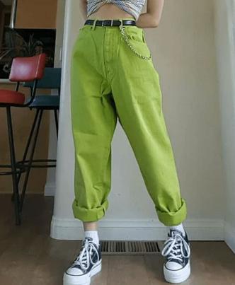 Фото №19 - Самые красивые джинсы 2021: полный гид по актуальным моделям