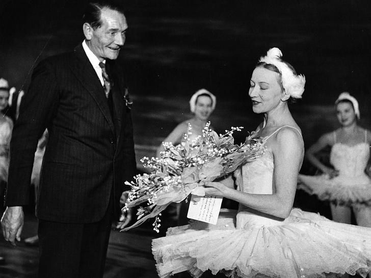 Фото №3 - Запретный роман: была ли у принца Филиппа любовная связь с русской балериной Галиной Улановой?
