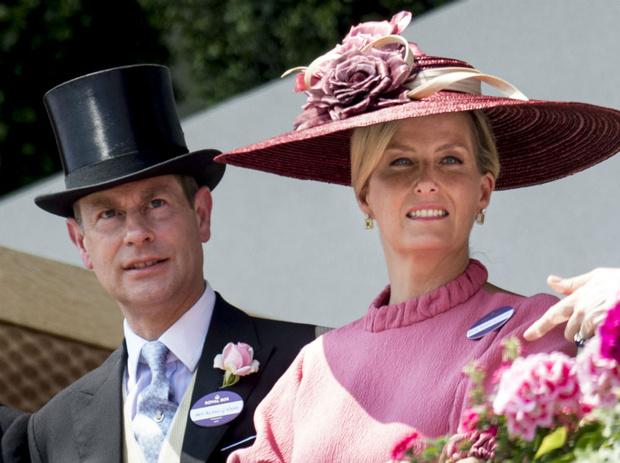 Фото №2 - Неожиданный секрет счастливого брака Софи и Эдварда Уэссекских