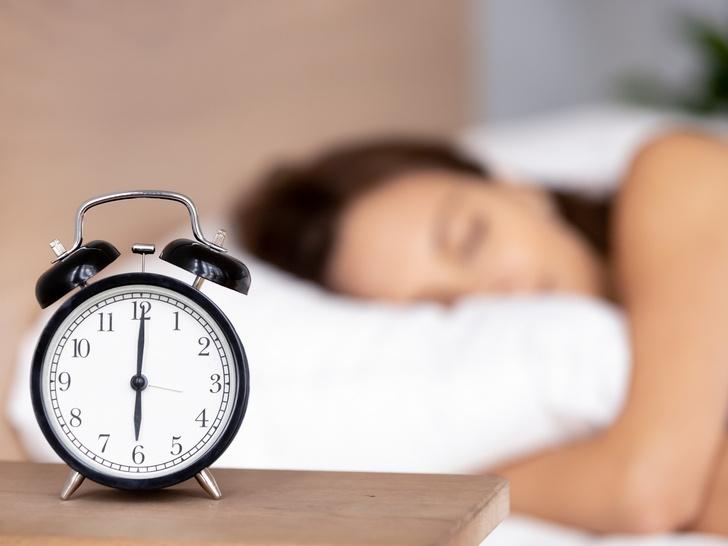 Фото №4 - Сонный час: 4 лайфхака, которые помогут быстрее заснуть