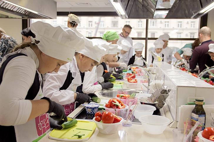 Фото №1 - В День повара компания «Нестле» провела отрытый урок кулинарной студии