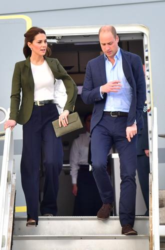 Фото №2 - 6 знаковых нарядов герцогини Кембриджской, которые она носит уже 6 лет