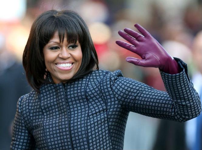 Фото №1 - С легкой руки: Мишель Обама задала новый тренд в липосакции