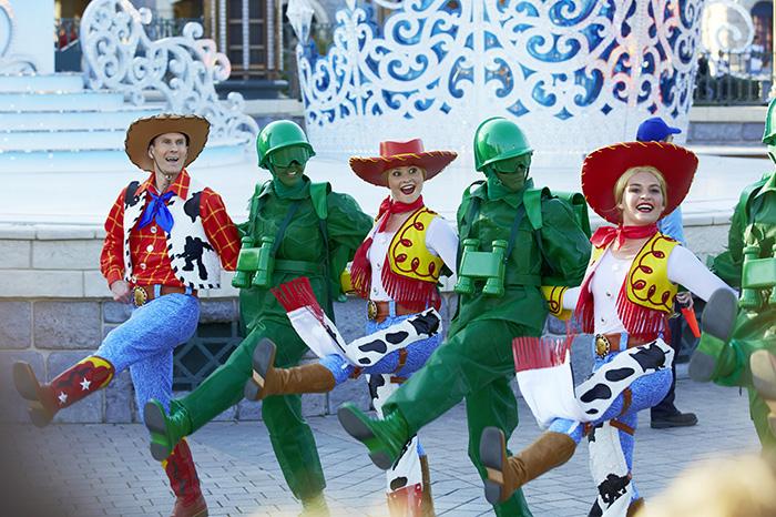 Фото №3 - Победители нашего конкурса побывали в Disneyland® Париж!