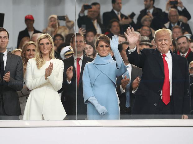 Фото №2 - Мелания против Иванки: как первая леди и дочь президента США «делят» Белый дом