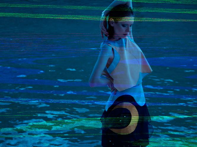 Фото №2 - «Полночь в Париже» от дизайнерского дуэта VikaJulia