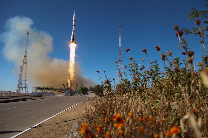 Фото №1 - На МКС прибыл «киноэкипаж» для съемок первого художественного фильма в космосе