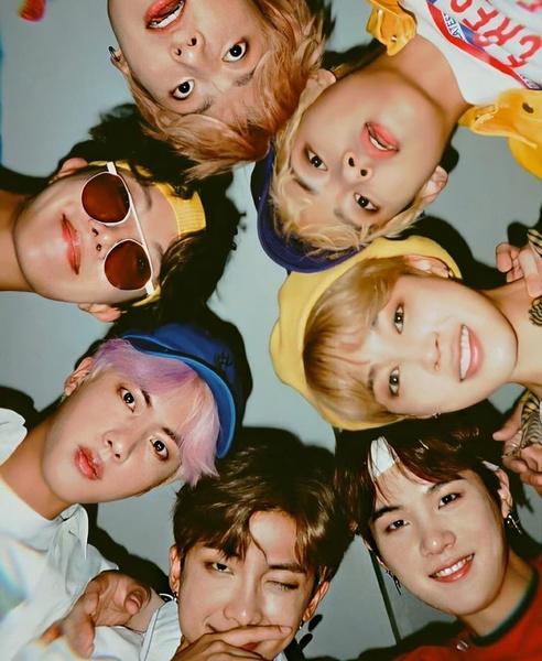 Фото №1 - BTS выпустят новую версию альбома «BE»