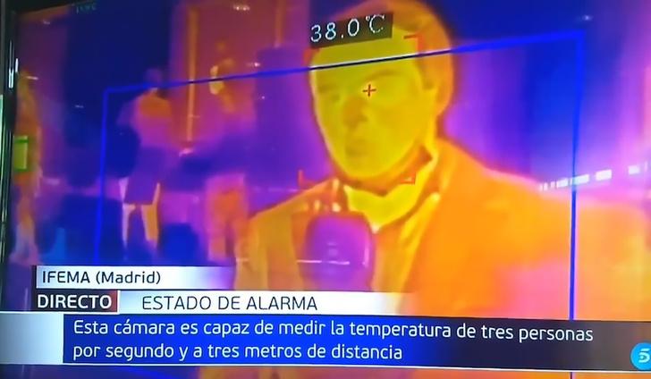 Фото №2 - Журналист в прямом эфире проверил на себе, как выявить COVID-19 тепловизором и загремел в больницу