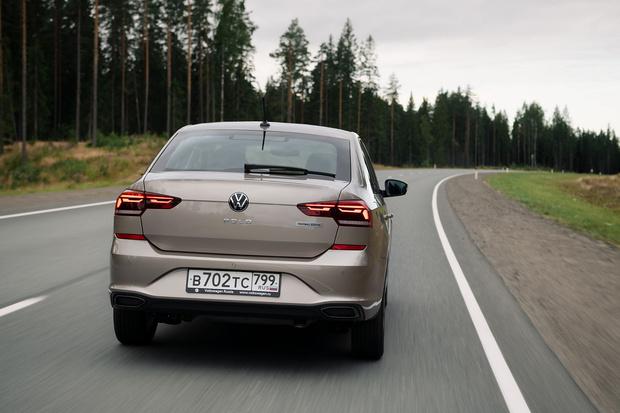 Фото №3 - Volkswagen представил футбольную версию Polo
