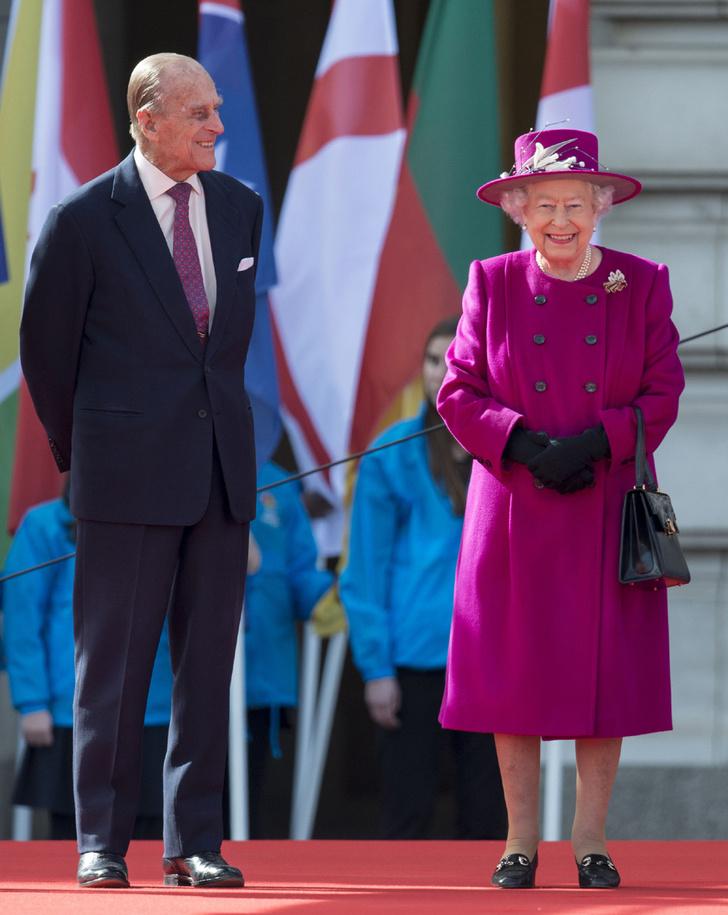 Фото №3 - Благодатная свадьба: секреты семейного счастья Елизаветы II