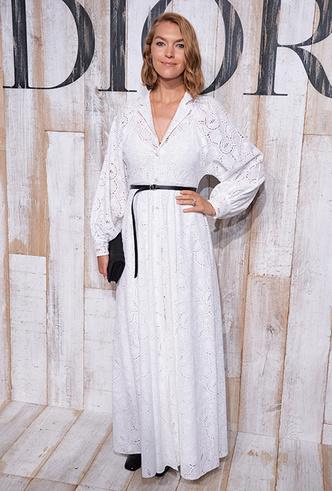 Фото №6 - 20 модных платьев-рубашек как у Меган Маркл и Джиджи Хадид