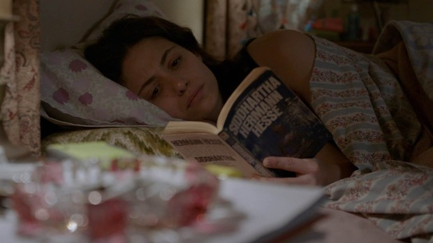 Фото №6 - Что читают герои сериалов: книги, которые стоит взять на заметку