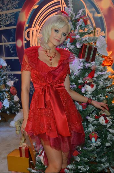 Певица Натали покрасила волосы в розовый цвет: фото, как живет, куда пропала