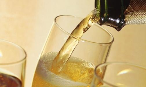 Фото №1 - В петербургском шампанском слишком много сахара