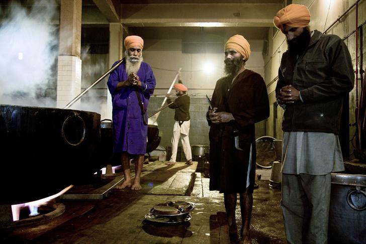 Фото №6 - Золотые люди: как устроена жизнь в Золотом храме Амритсара