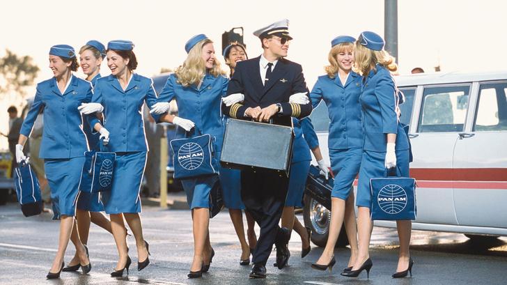 Фото №5 - Женщины с верху. Все о главном объекте твоих фантазий— стюардессах!