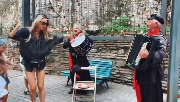 Фото №1 - Светлана Лобода станцевала зажигательную лезгинку (видео)