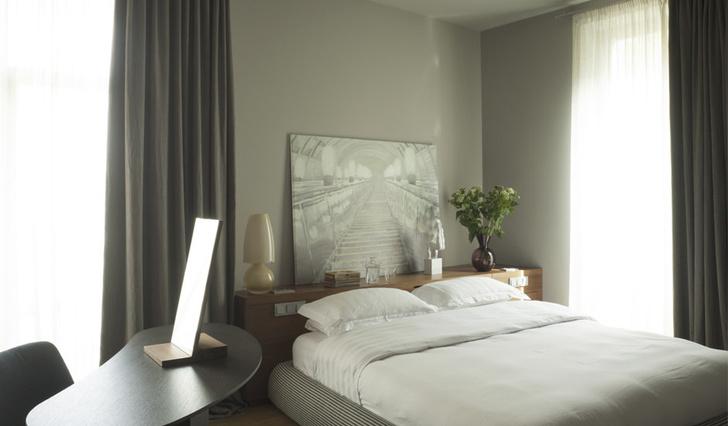 Фото №4 - Стена над изголовьем кровати: 10 идей декора