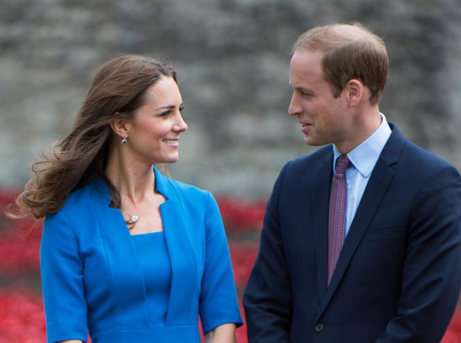 Фото №6 - Быть как Кейт Миддлтон: принцессы Беатрис и Евгения просятся на Королевскую службу