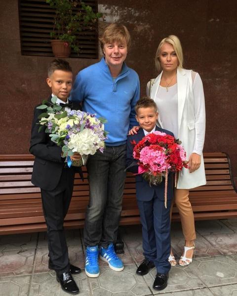 Фото №1 - Почему женщины Григорьева-Апполонова уходят от него к баскетболистам по имени Андрей