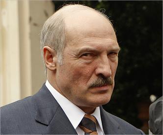 Фото №13 - От Чавеса до Лукашенко: каким бывает авторитаризм и почему у людей так легко сгибаются колени
