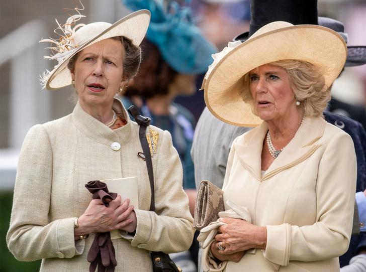 Фото №1 - Королевский союз: герцогиня Камилла и ее дружба с принцессой Анной