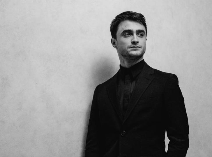 Фото №1 - Дэниел Рэддклифф: «Я давно не мальчик в форме «Хогвартса» и могу быть по-настоящему сексуальным»