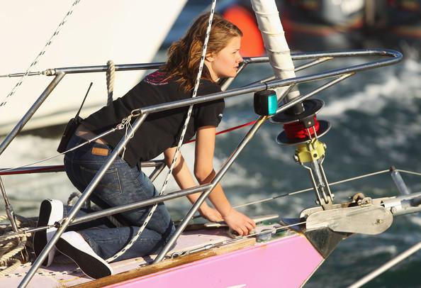 Фото №4 - 16-летняя яхтсменка обогнула земной шар