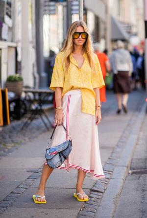 Фото №2 - Модные сандалии 2020: лучшие варианты для жаркого сезона