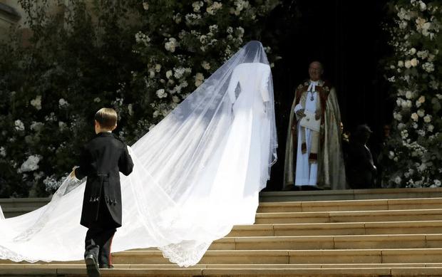 Фото №2 - Вспомнить все: 30 фактов о свадьбе Меган Маркл и принца Гарри, которые вы могли не знать или забыли