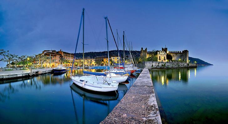 Фото №5 - 7 чудес Италии: самый большой собор, самое чистое озеро, самая короткая река