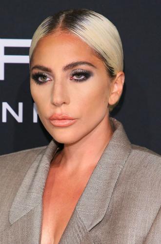 Фото №39 - Как хорошела Леди Гага: все о громких бьюти-экспериментах звезды