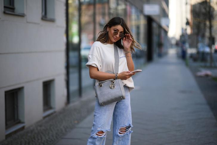 Рваные джинсы: тренды, как носить, история
