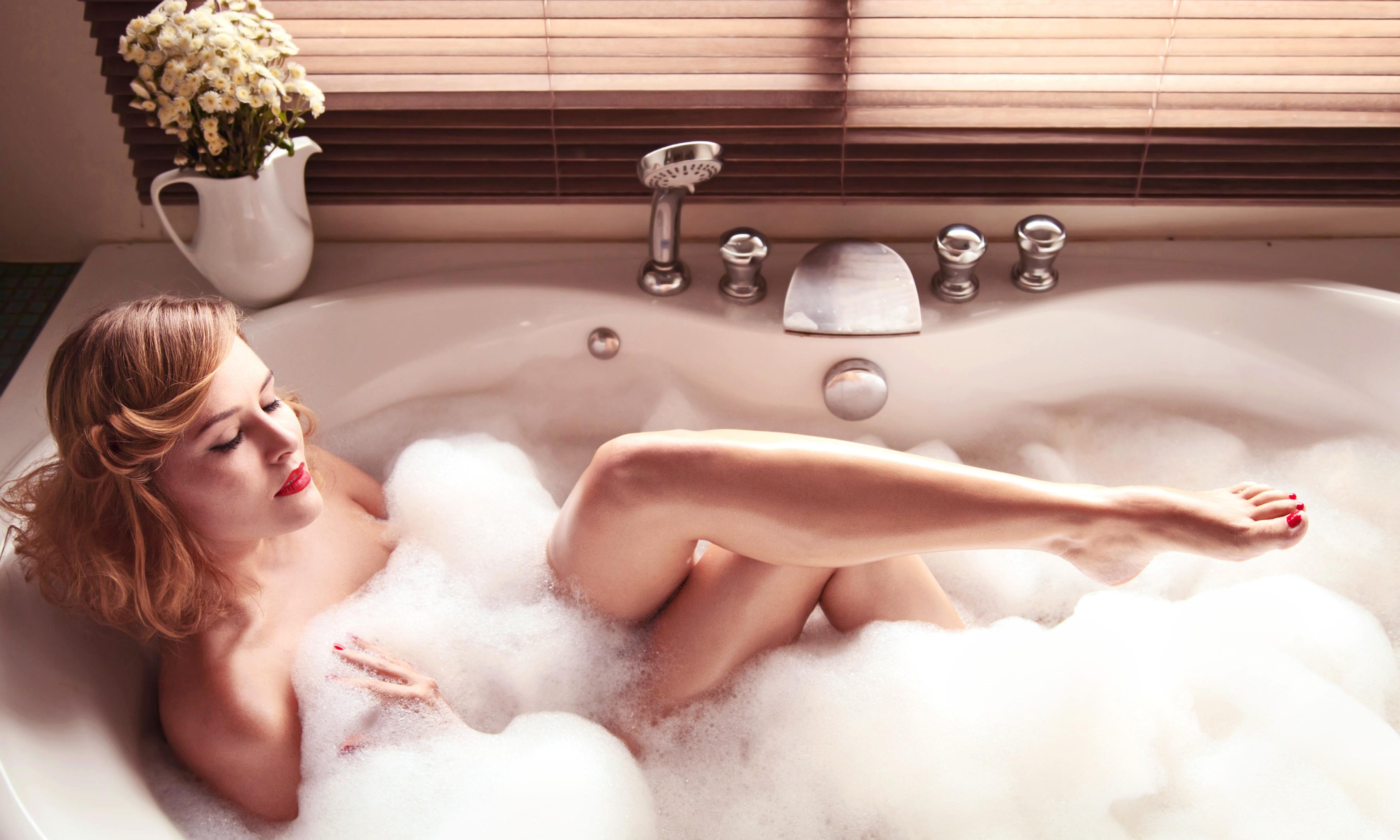 Картинки утро бабы в ванной