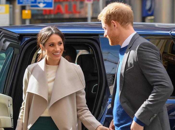 Фото №2 - Эксперт по языку тела: «Принц Гарри не может поверить в свою удачу»