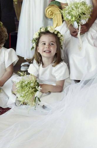 Фото №9 - О чем говорят свадебные фото Гарри и Меган