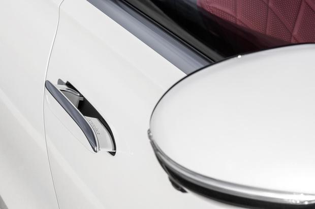Фото №3 - Mercedes-Benz рассекретил новый S-класс: «шестисотый» XXI века