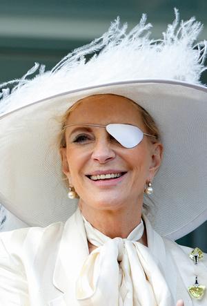Фото №22 - Вне возраста: стильные приемы европейских аристократок (и аристократов)