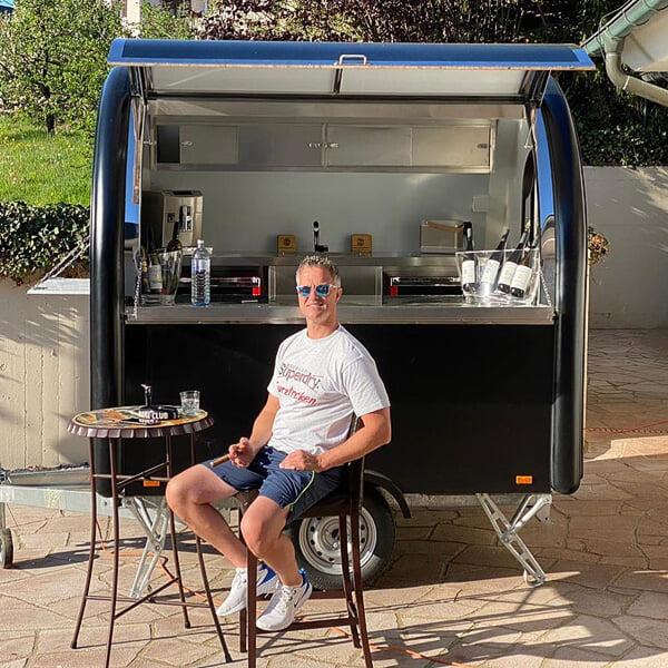 Фото №2 - Шумахер-младший купил «Ниву» для своего винодельческого бизнеса