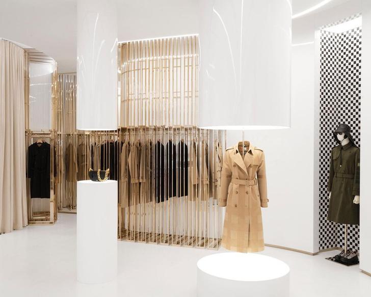 Фото №6 - Новый бутик Burberry по дизайну Винченцо де Котиса в Лондоне