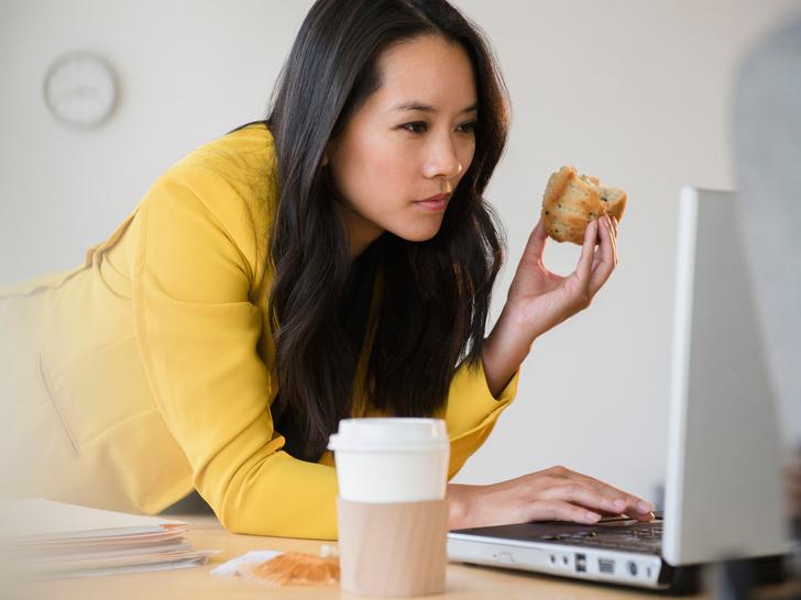 Фото №4 - 9 причин, почему вы никак не можете отказаться от перекусов (дело не только в еде)
