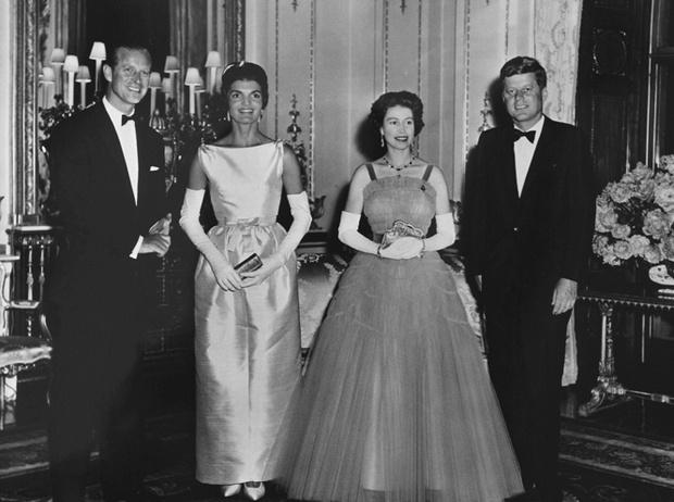 Фото №13 - Отличница Джеки Кеннеди: любовь и трагедия самой известной Первой леди США