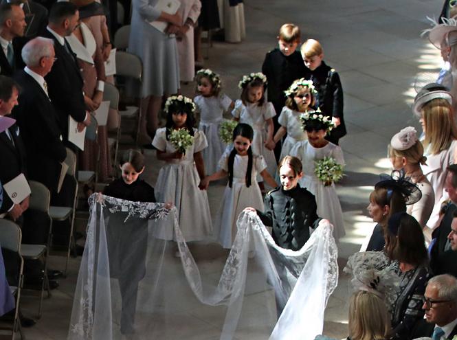 Фото №9 - Подружки и пажи королевских кровей на свадьбах: от принца Джорджа до юной Лилибет