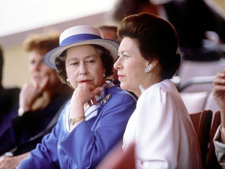 Фото №1 - Боль сестры: чем принцесса Маргарет всегда расстраивала Королеву